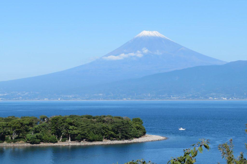 大瀬崎から見る富士山の眺め